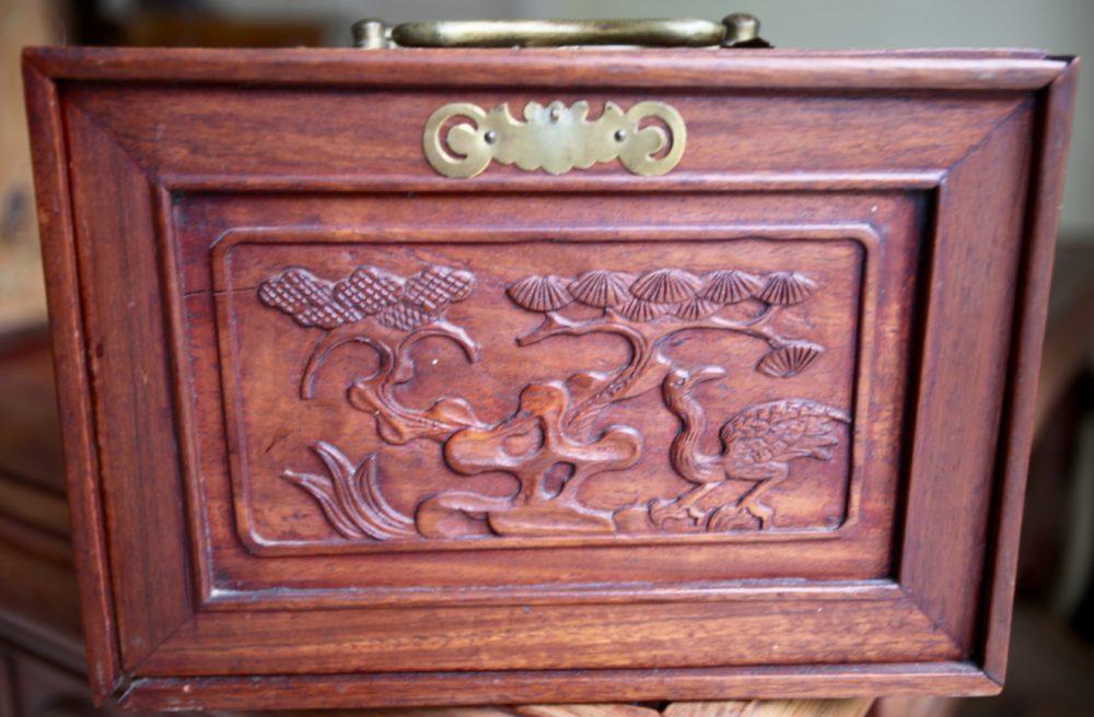 Cabinet 64D.